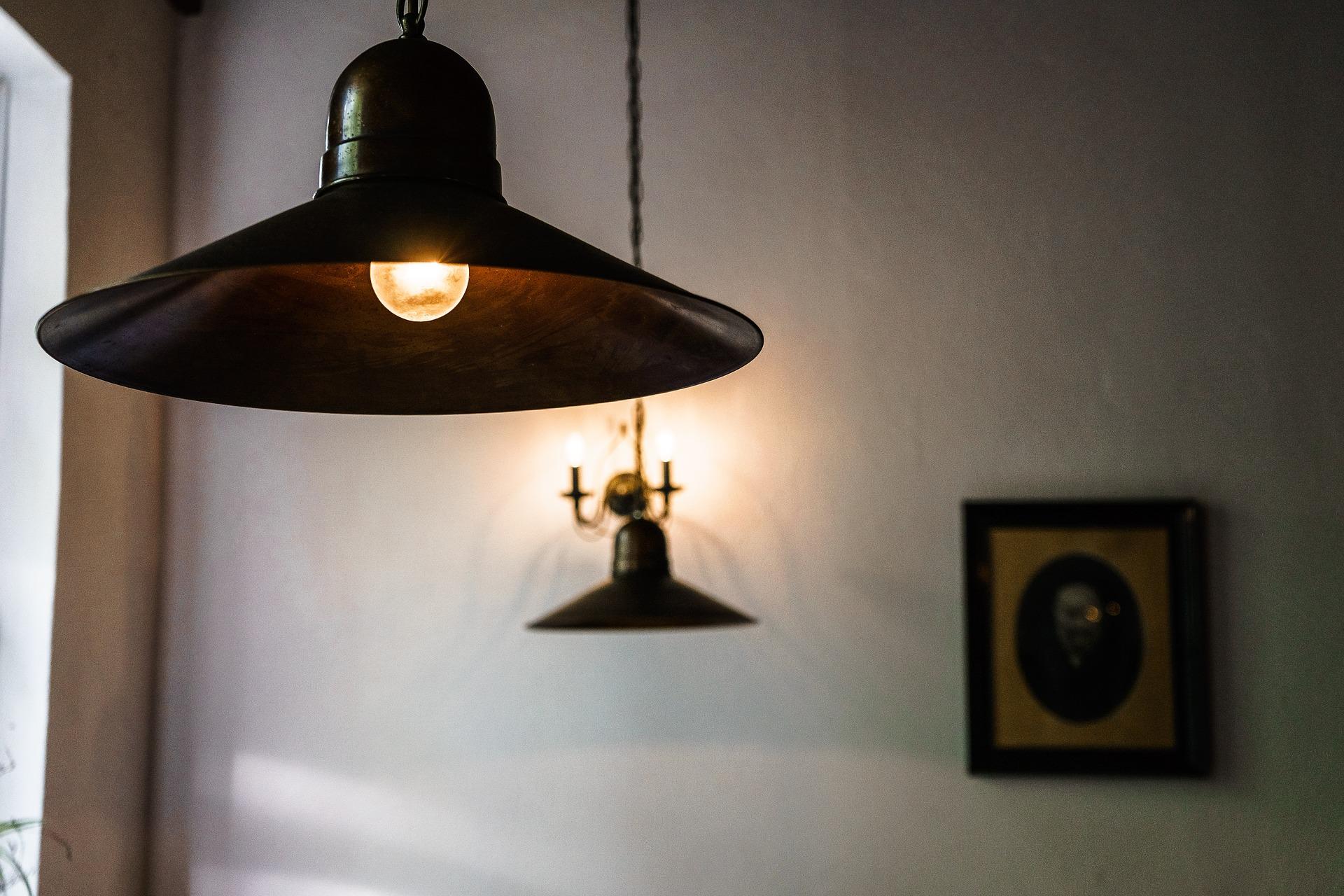 Lampadario Con Punto Luce Decentrato lampade e punti luce - chiedilo a lory